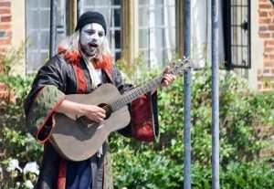 Shakespeare v.i.p glamping at chillham castle B